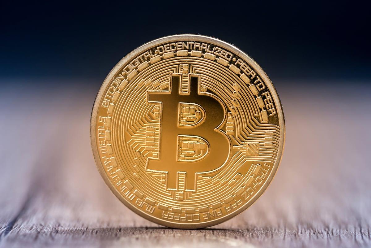 kaip investuoti  doleri bitkoin lengvosios dvejetainių parinkčių technologijos
