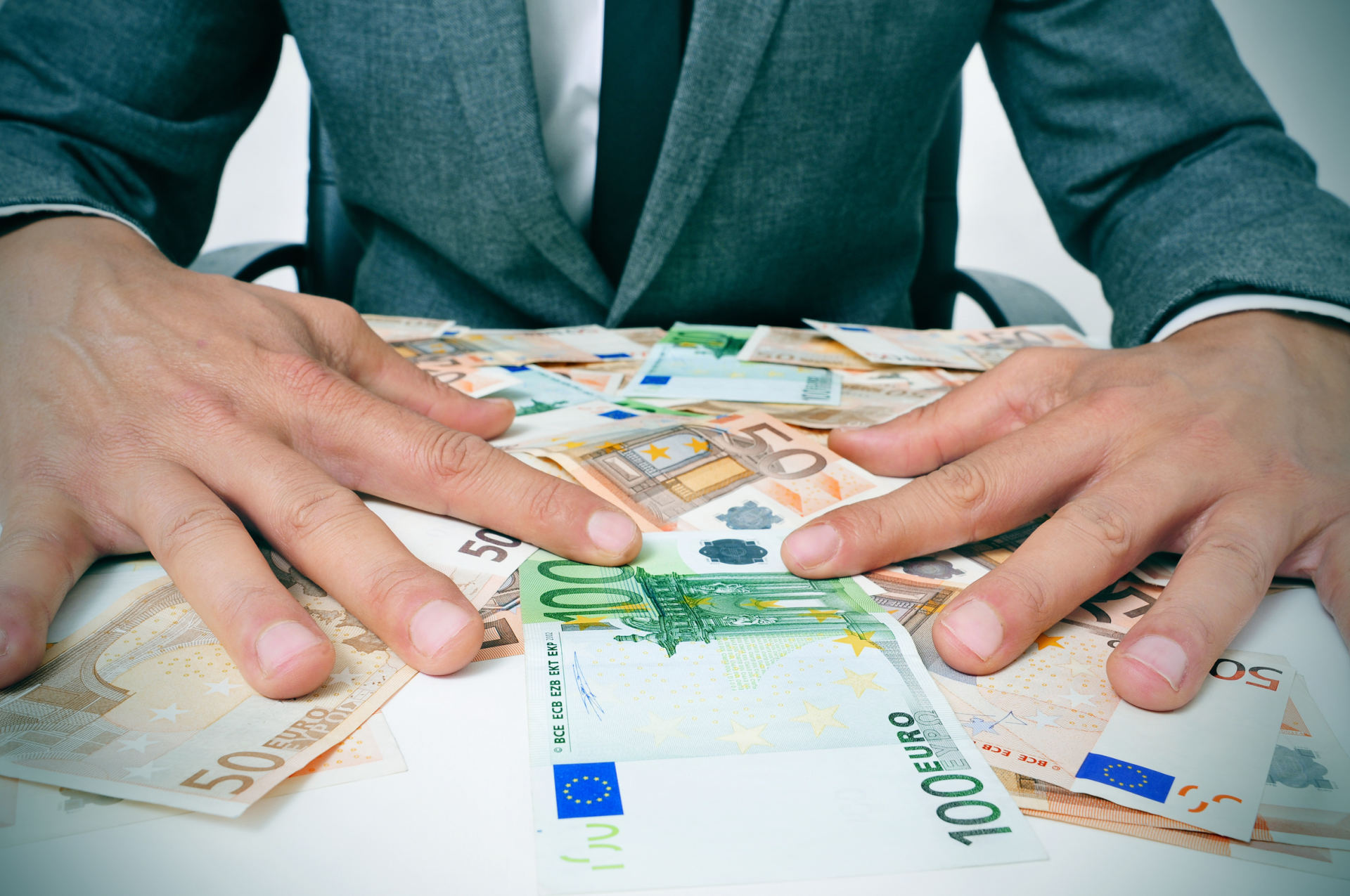 Kodėl į Lietuvą neskuba ateiti elektroniniai pinigai? :: mylimamokykla.lt